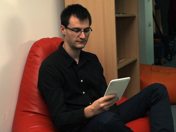 Marian Buhnici & Amazon Kindle 3