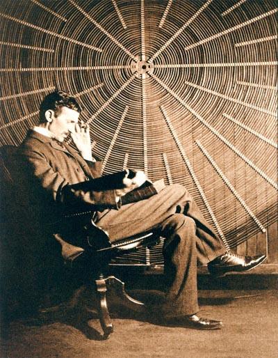 O carte premiată despre Nikola Tesla urmează să apară la Nemira