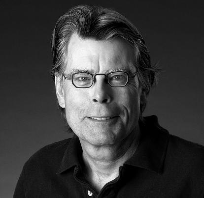 Stephen King lansează un volum de povestiri în format e-book