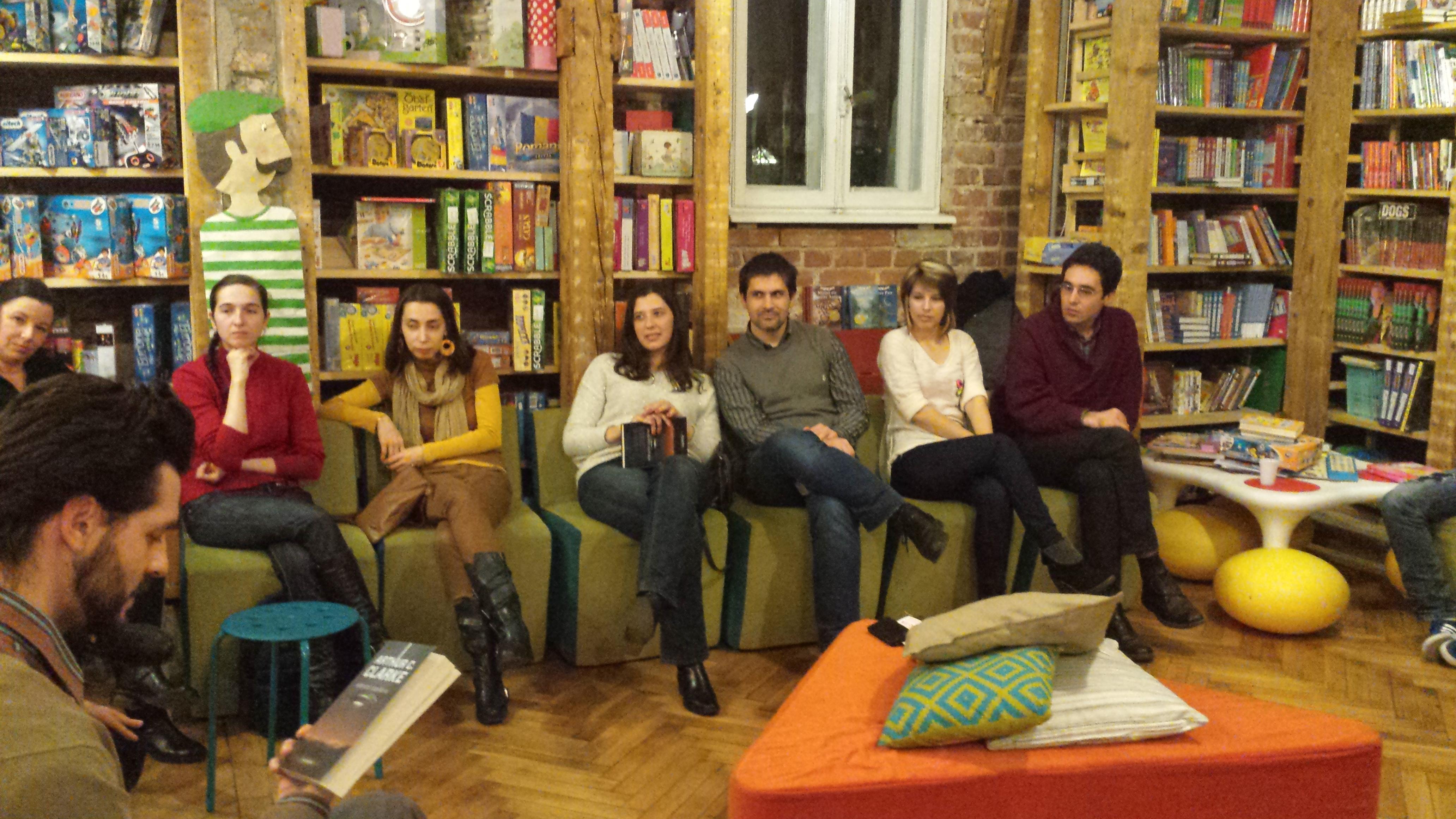 Overlorzii la Clubul de lectură Nemira