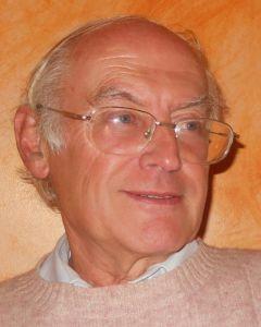 Mircea Opriţă, invitat de onoare al Convenţiei Naţionale de Science Fiction 2013