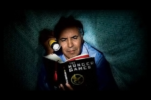 Reading Hunger Games 600p400