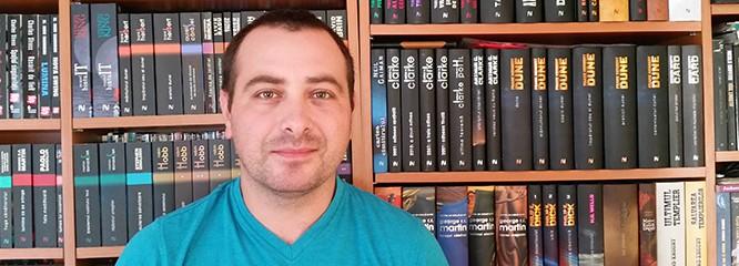 Liviu Szoke de la Fansf şi recomandările lui de lectură. Bineînţeles, de la editura Nemira
