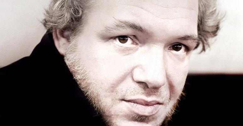 Mathias Enard, la Institutul Francez din București – dezbatere pe tema Occident și Orient